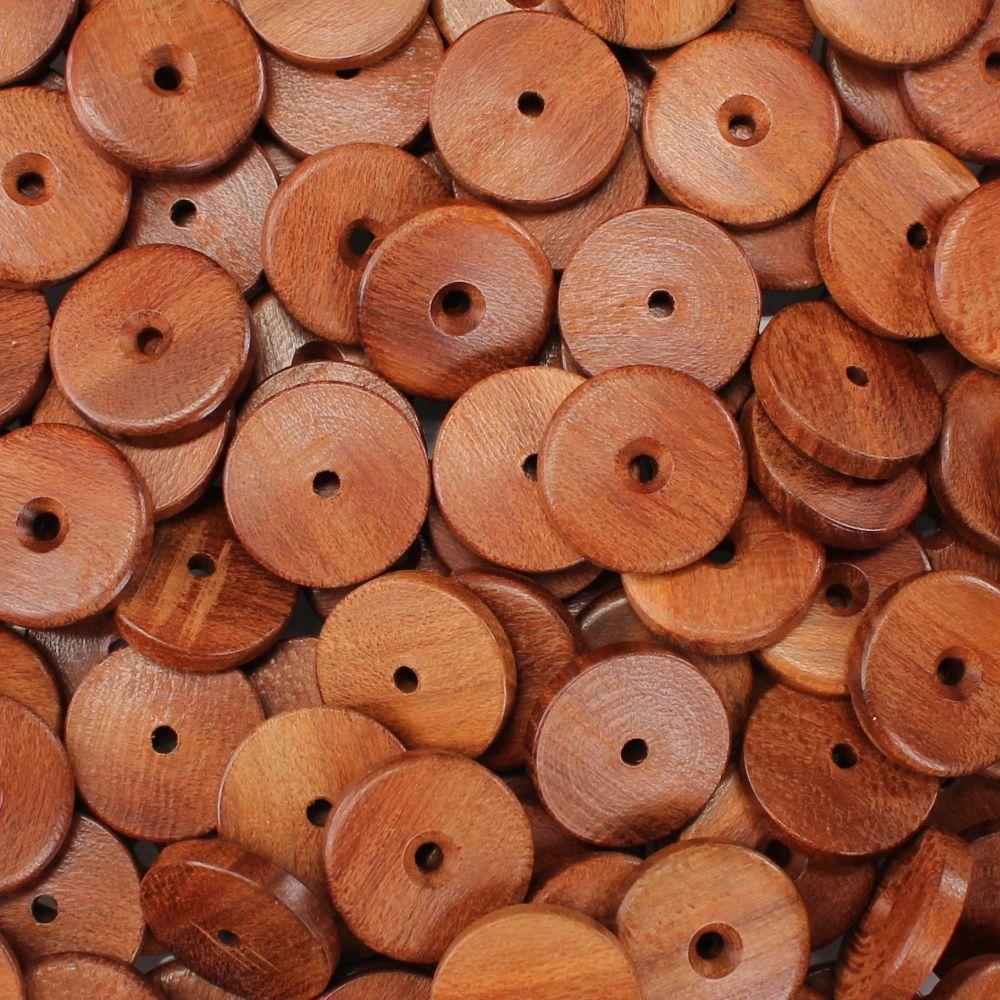 Leseni gumb z luknjo